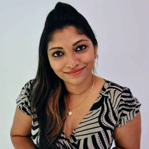 Dr Aarthi Francis
